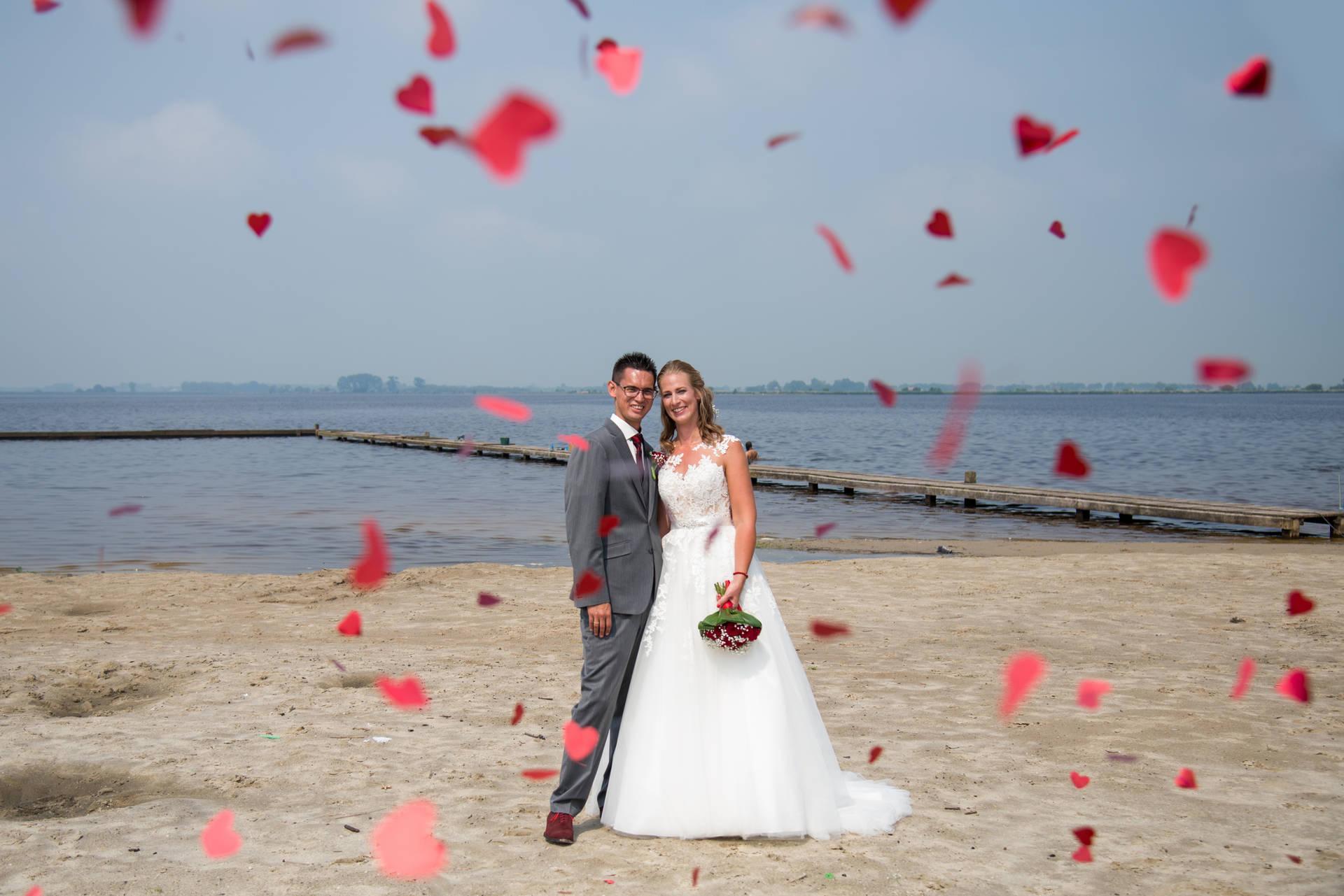 Mooi afgestemd: trouwpak bruidegom en pakken vaders