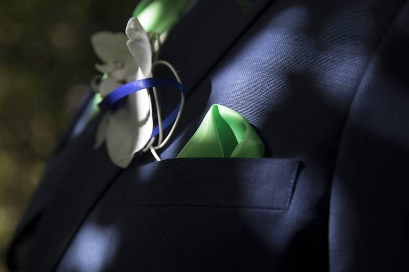 Zo'n trouwpak: blauw, frisgroen en gilet met ruit