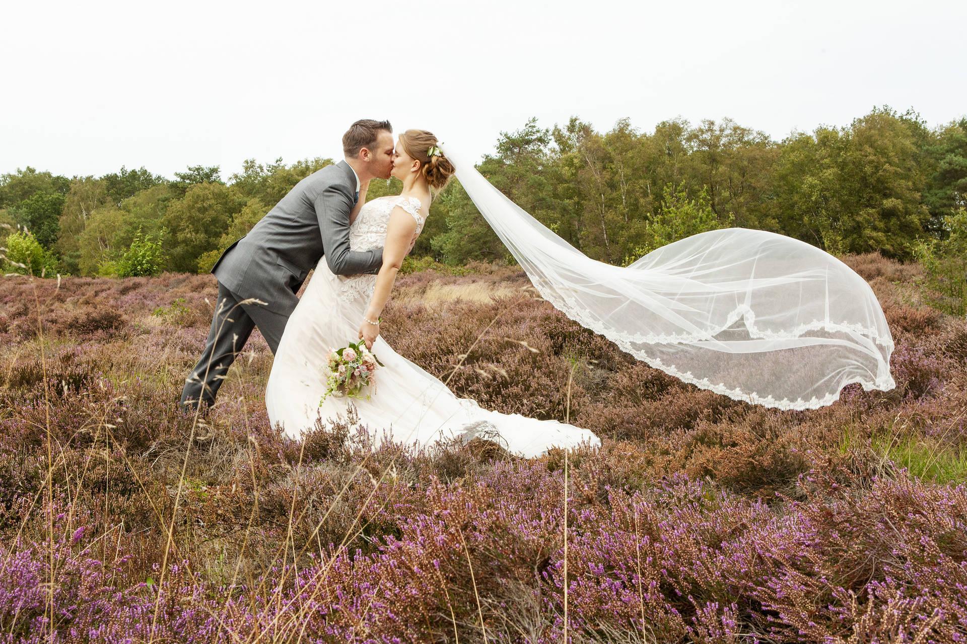 Grijs trouwpak: alles behalve een grijze muis