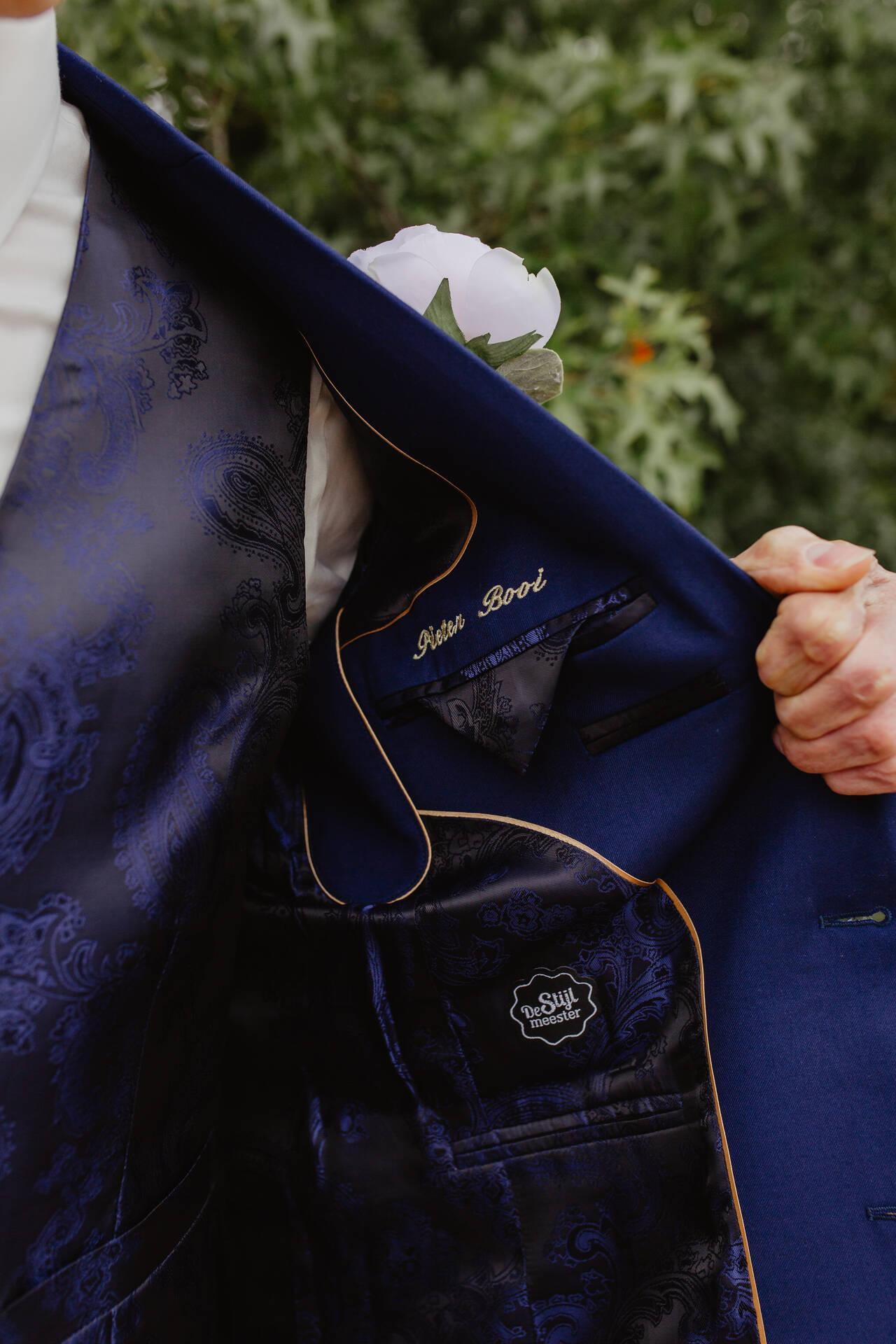 Stijlvol chic uniek donkerblauw trouwpak