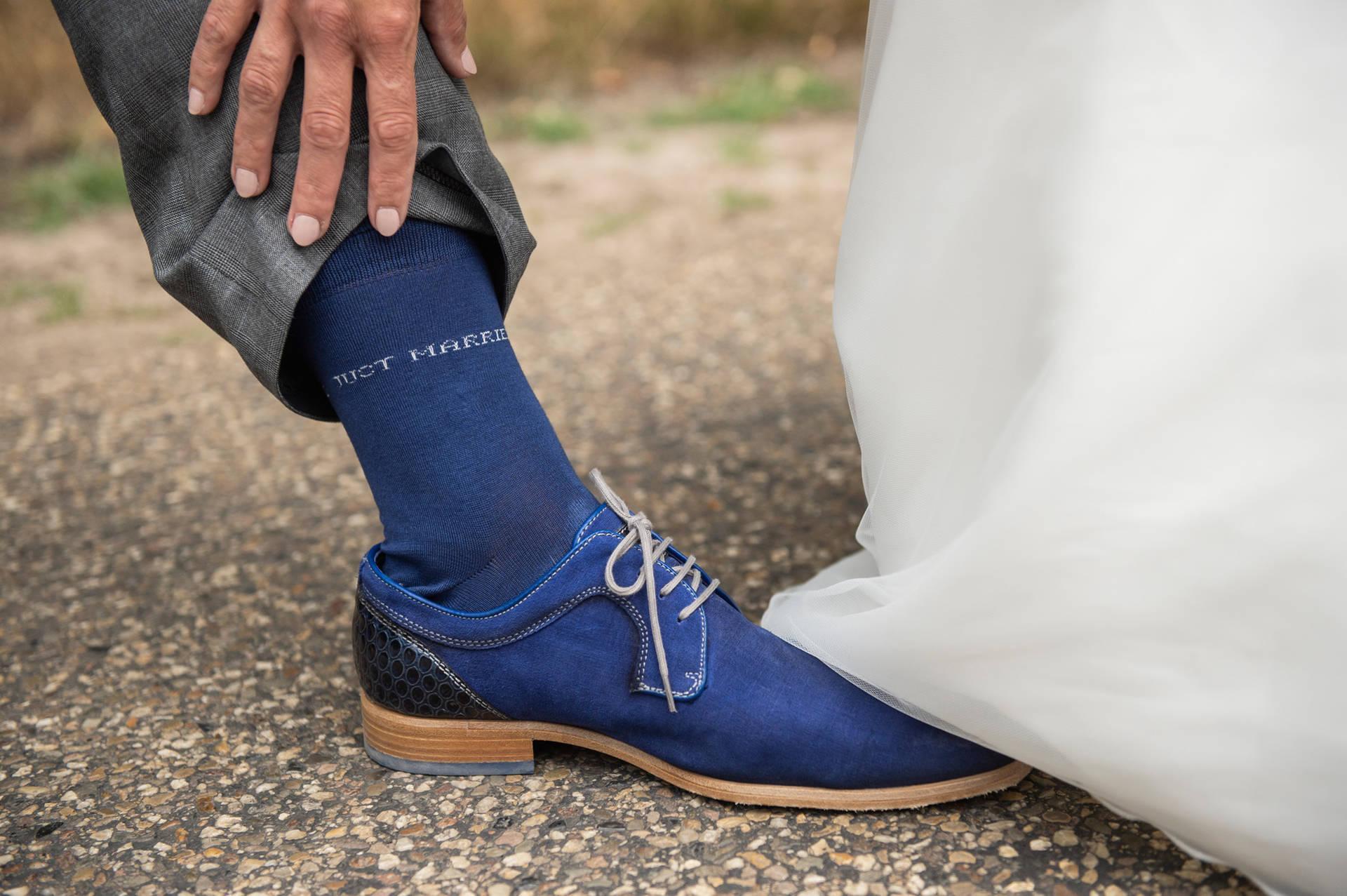 Je kunt ook kiezen voor een trouwpak zonder das
